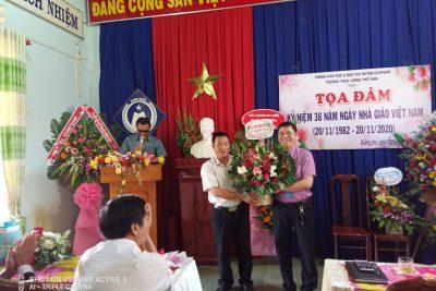 Trường THCS Lương Thế Vinh tổ chức Toạ đàm kỷ niệm 38 năm Ngày Nhà giáo Việt Nam 20/11