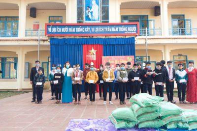 Trường THCS Lương Thế Vinh tổ chức chương trình Xuân yêu thương.