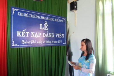 Trường THCS Lương Thế Vinh tổ chức lễ kết nạp Đảng viên mới